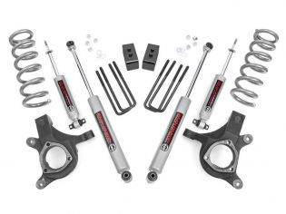 """4.5"""" 1999-2006 Chevy Silverado 1500 2WD Lift Kit by Rough Country"""