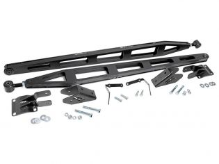 """Silverado 3500HD 2011-2019 Chevy 4WD (w/ 0""""-7.5"""" Lift) - Rear Traction Bars by Rough Country"""