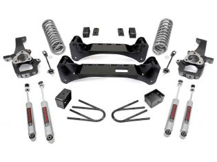 """6"""" 2002-2005 Dodge Ram 1500 2WD Lift Kit by Rough Country"""